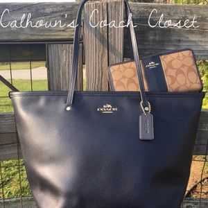 Coach Bags - Coach Navy Zipper City Tote & Accordion Wallet Set
